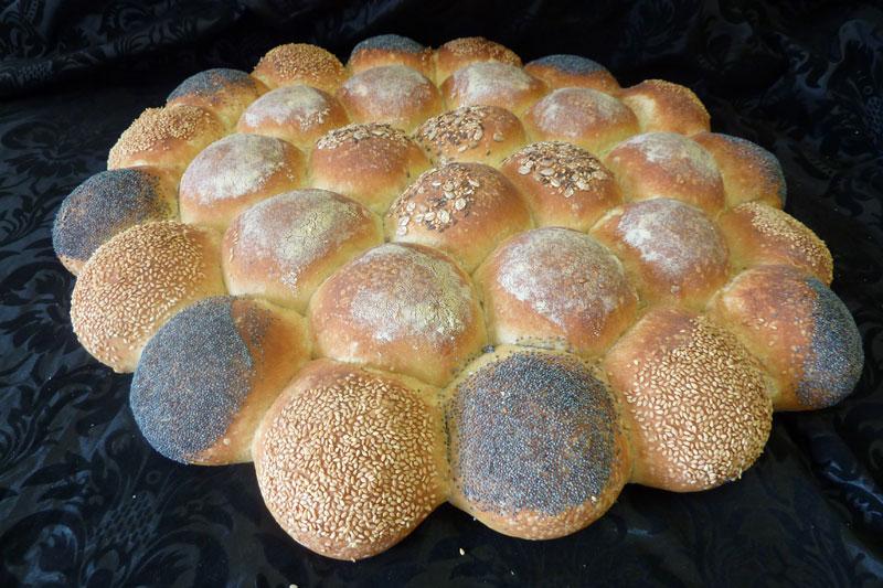 Vom Teig zum Endprodukt Bäckerei - Cafe Oberle - Tiengen